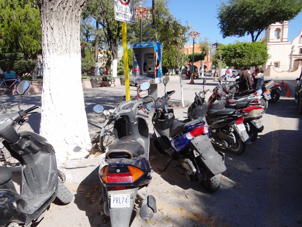 Se reubicará estacionamiento de motocicletas
