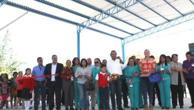 INAIGURA ALCALDE TECHUMBRE EN LA ESCUELA PRIMARIA CLUB ROTARIO